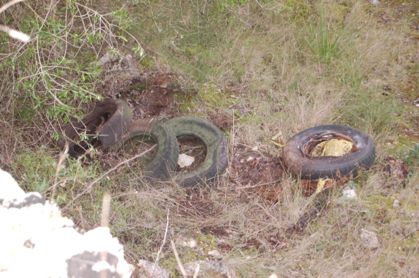 'Tyred' of fly-tipping