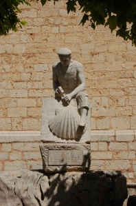 Statue in front of the church in Binissalem.