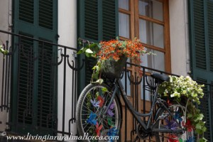 Bikes used to display flowers