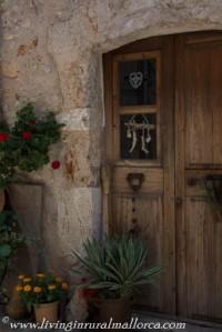 Costitx house doorway.