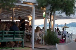 A relaxed beach setting for summer dining