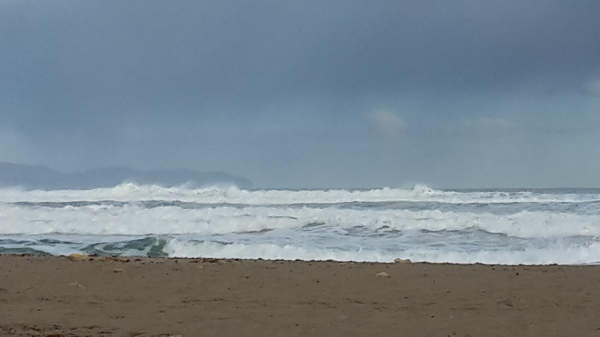 Rough winter seas Majorca